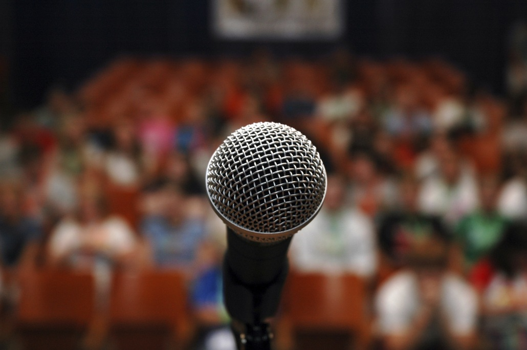How Hypnotherapy Can Cure a Fear of Public Speaking