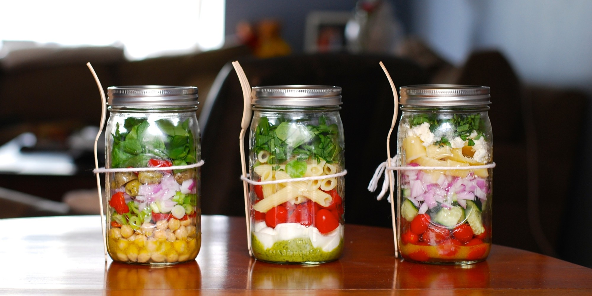 These Jar Salads Could be the Answer to Your Lunchtime Woes