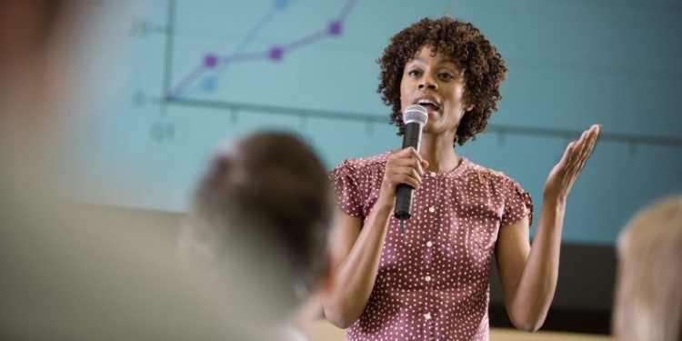 Public Speaking: How to Make a Good Impression
