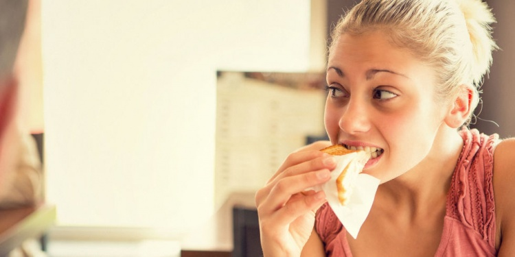 9 Ways to Stop Binge Eating Today
