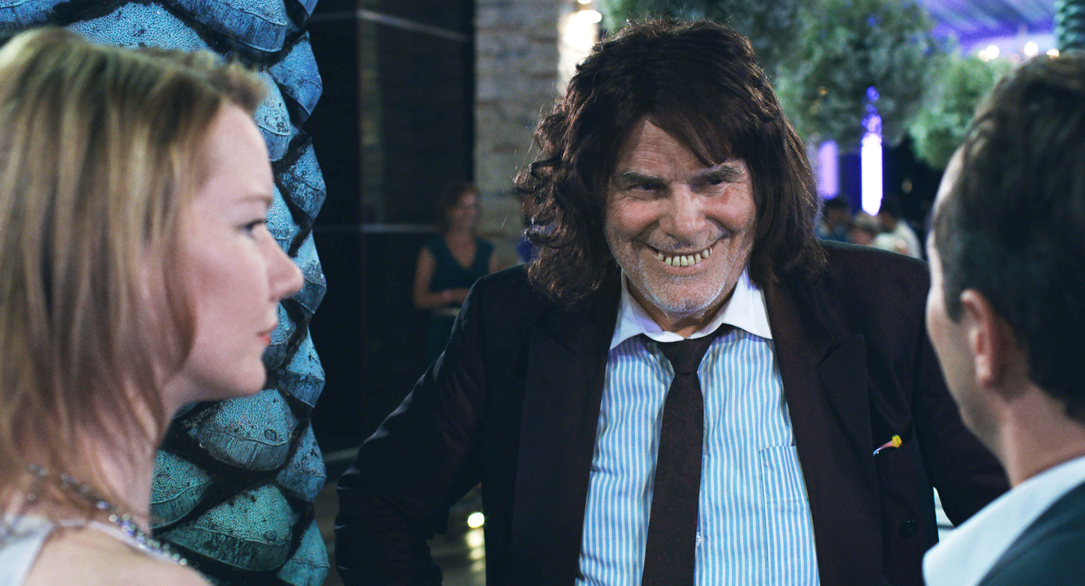 Toni Erdmann: Growing a Relationship
