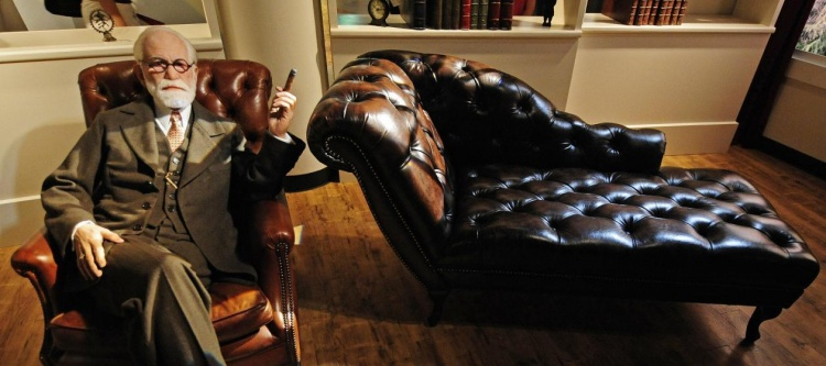 Settling Down: The Use of the Couch in Psychotherapy
