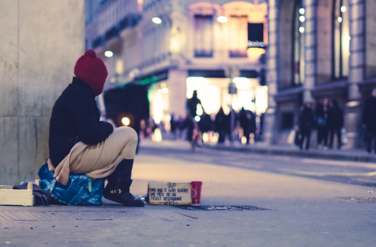 What Can We Do to Help the Homeless at Christmas?