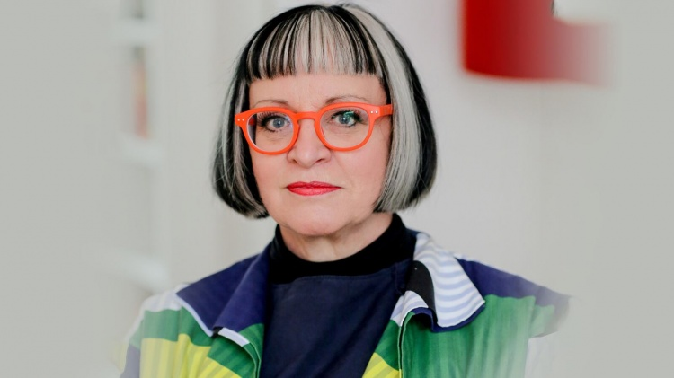 How to Avoid Spreading Panic in This Pandemic: Philippa Perry's Advice